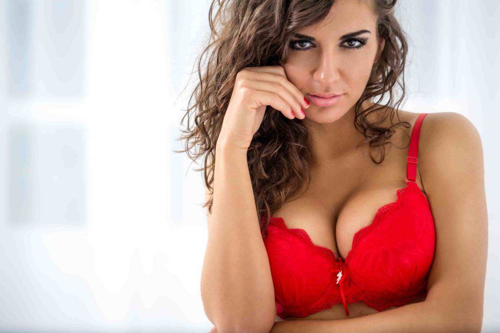 woman adult date in karokh