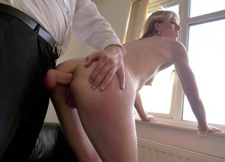 ass gets her kerkove licked