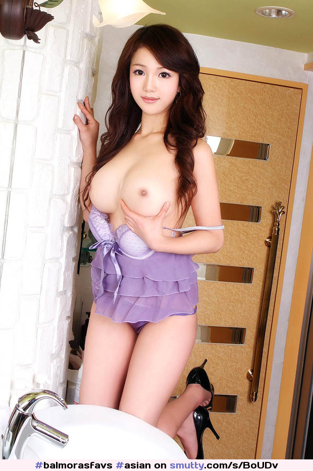 perfect naked breast size