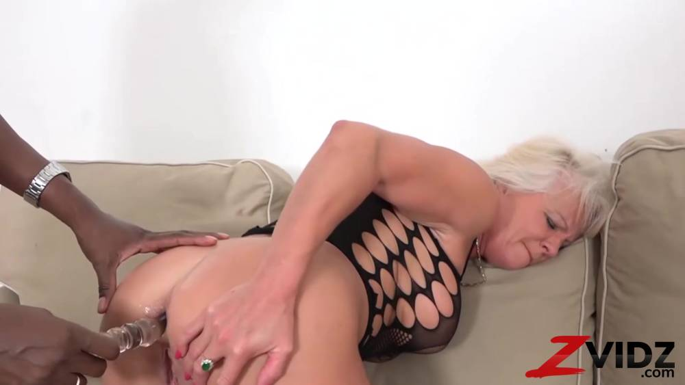prissy wife gets fucked